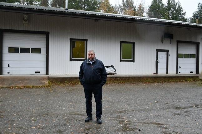 Esa Itälaakso köpte fiskförädlingshall i Västra ändan. Köpet av verksamheten innefattar även lov att odla fisk utanför Skaftung.