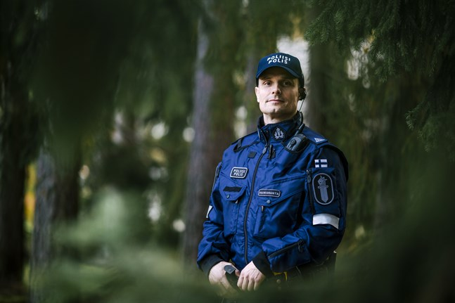 Enligt Mika Vainioranta ska en VATI-polis både kunna behålla sitt lugn och klara av att fatta beslut.