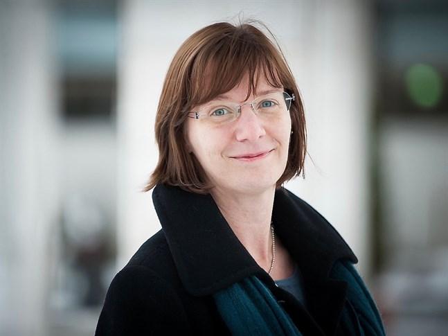 Närpes stadsdirektör Mikaela Björklund omvaldes till ordförande för FDUV på lördagen.