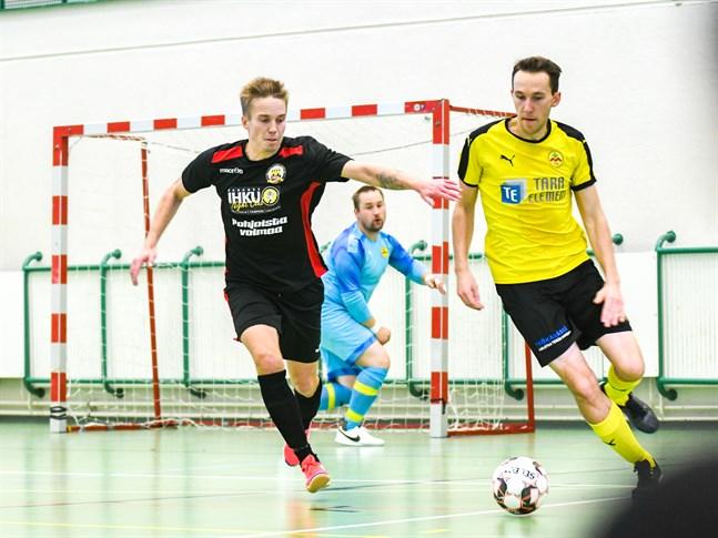 IK Myran avslutade höstsäsongen med att spela oavgjort i Joensuu. Enligt Nicholas Enroth (t.h.) var matchen mycket jämn.