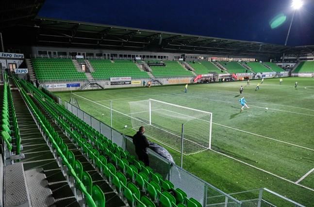 I söndags spelade VPS mot Gnistan inför näst intill tomma läktare i Sandviken.
