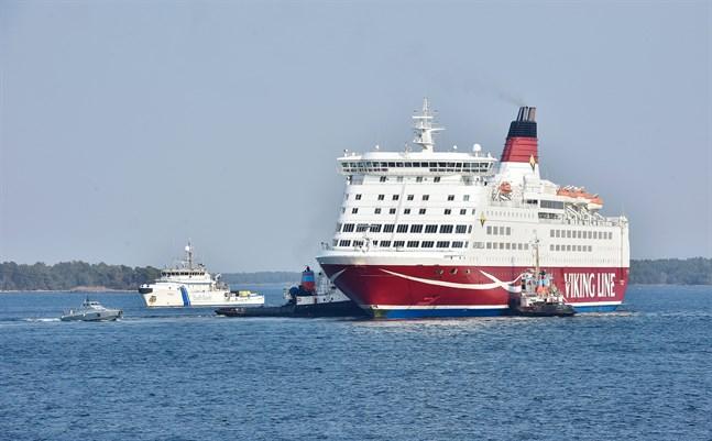 Amorella har legat på varv för reparation sen sin grundstötning i den åländska skärgården den 20 september.