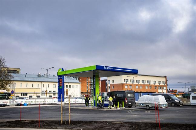 Nya Nestestationen i Klemetsö öppnade på fredagen.