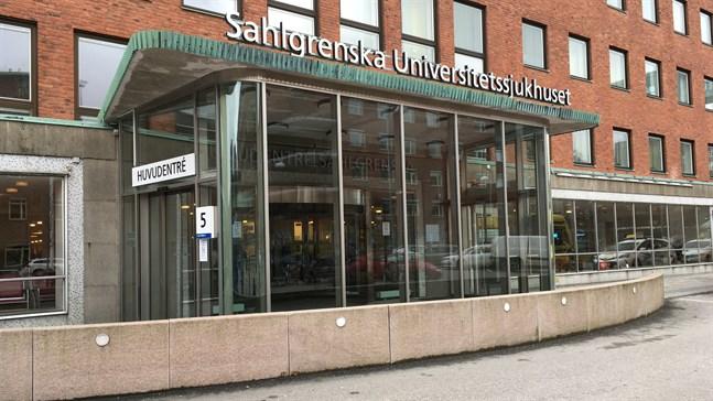 Sveriges första transplantation av lungor till en covid 19-patient har gjorts på Sahlgrenska universitetssjukhuset i Göteborg.