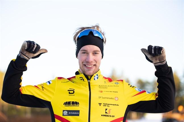Joni Mäki var kung i sprintpremiären i Finlands Cup i Vuokatti.