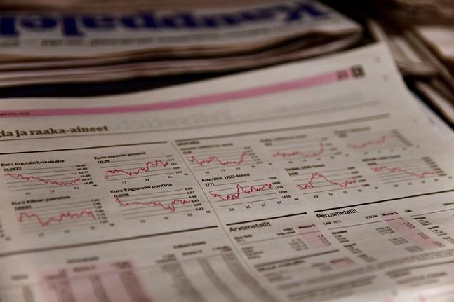 Sparbanksgruppen har köpt upp Oma Sparbanks aktier i fem bolag.