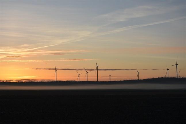 Vindkraftsparken i Kalax, Närpes, är den nyaste i Österbotten. Alla har inte kommit så långt, men det finns projekt på nästan alla vindkraftsområden i Österbottens landskapsplan 2040.