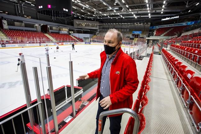 Sports vd Tomas Kurtén säger att mycket är ovisst i nuläget, men hoppas att chansen att förstärka försvaret är större än 50 procent.