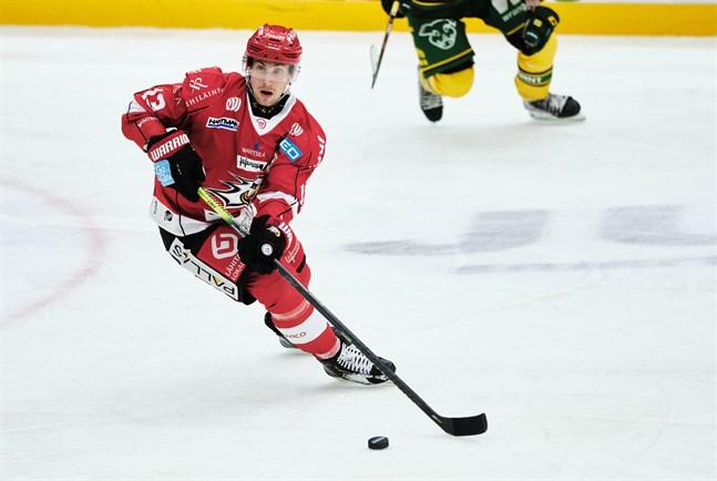 Sports lagkapten Erik Riska längtar efter att få spela inför publik.