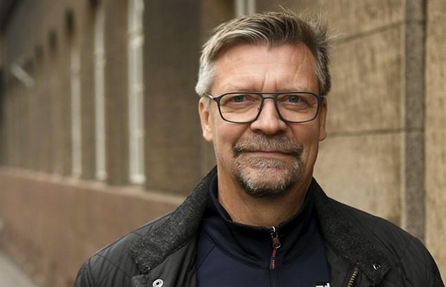 Jukka Jalonen är huvudtränare för Finlands herrlandslag i ishockey.