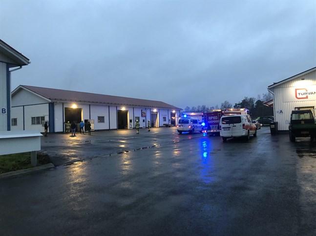 En halvtimme efter att larmet kom var branden på Motorgatan i Vasa släckt.
