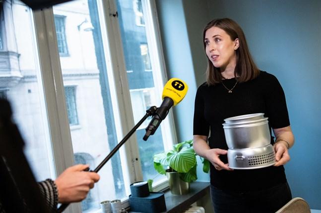 Sophie Nilsonne, analytiker vid HUI Research, presenterar årets julklapp – stormköket.