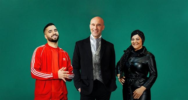Filip Dikmen, Mark Levengood och Zeina Mourtada ska vara julvärdar på Spotify. Pressbild.