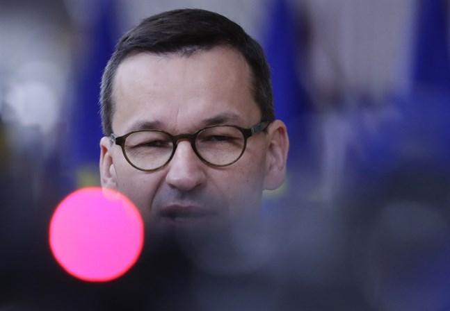 Polens premiärminister Mateusz Morawiecki tar strid för sin vetorätt inom ett EU som han säger att han inte känner igen sig i.