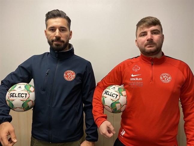 Vanja Pobor är tränare för Kaskö IK:s futsallag medan Admir Kalabic håller till i försvaret. Seriespelet inleds på lördag.