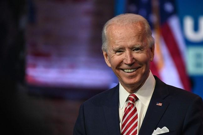 Joe Biden och hans medarbetare kan än så länge varken kan få tillgång till nödvändig information från landets myndigheter, hjälp med att anställa personal eller få en inblick i hemligstämplat underrättelsematerial.