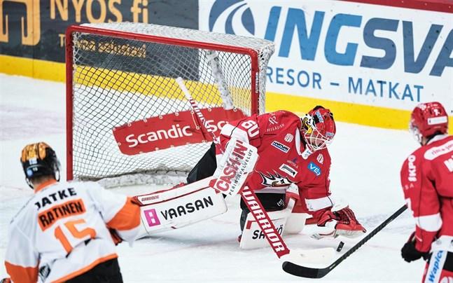 Rasmus Reijola antecknades för 21 räddningar borta mot KooKoo.