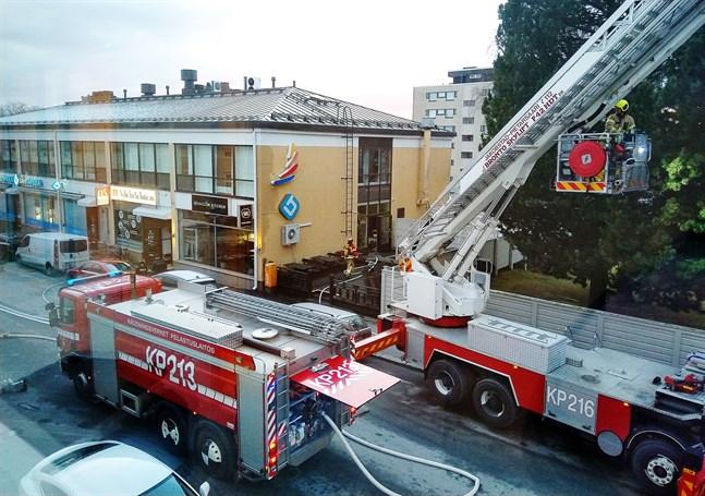 Branden vid Saigon Kitchen på Storgatan i Jakobstad började i köket i en frityrkastrull.