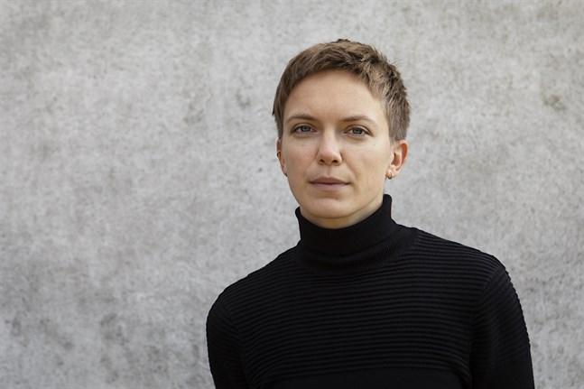 Lina Bonde är författare, genusvetare och doktorand på genusvetenskapliga institutionen vid Lund Universitet samt kolumnist för Österbottens Tidning.