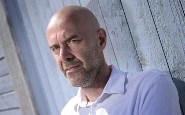 "Författaren Patrik Svenssons bok ""Ålevangeliet"" hyllas i USA."