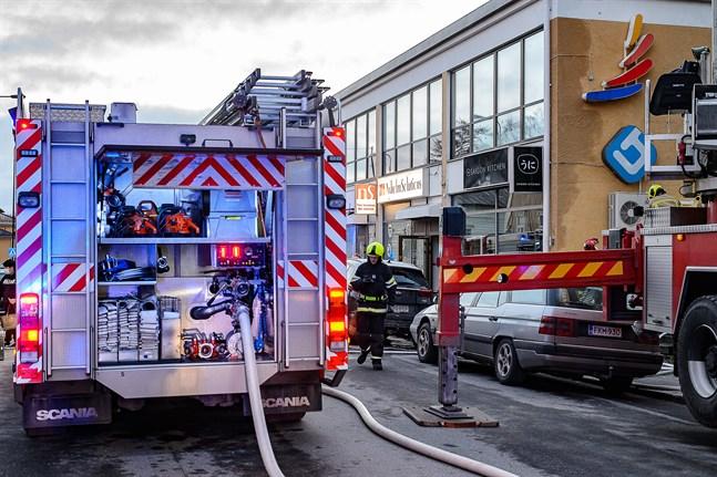 Omfattande rökskador uppstod vid Saigon Kitchen på Storgatan 8 i Jakobstad den 20 november 2020.