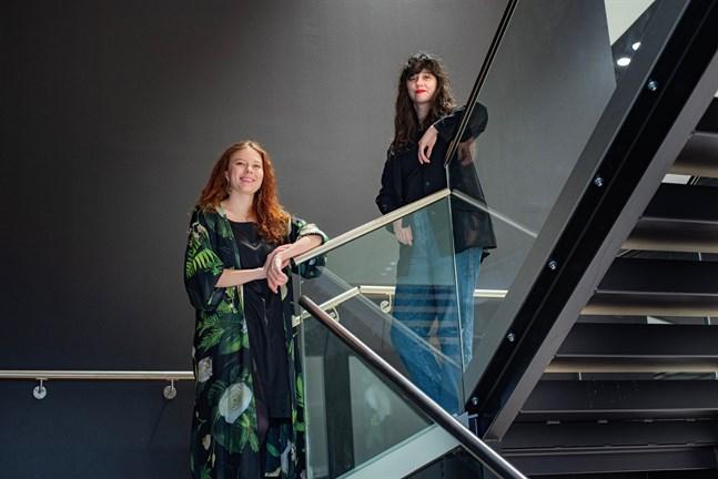 Peppi Seppälä (till vänster) och Brigita Krasniqi leder De grönaunga och studerandenas förbund.