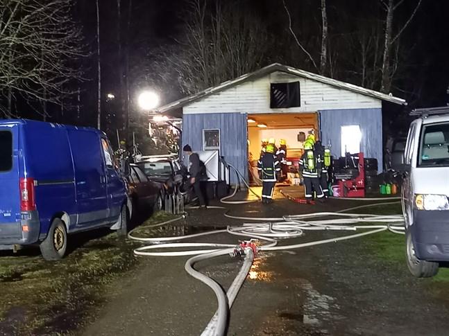 Räddningsverket fick snabbt branden under kontroll.