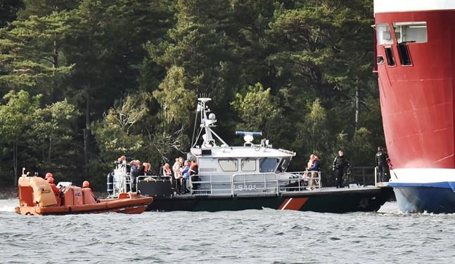 Viking Amorellas bottenkänning berodde på ett tekniskt fel. Det slår Olycksutredningscentralen fast i sin utredning.