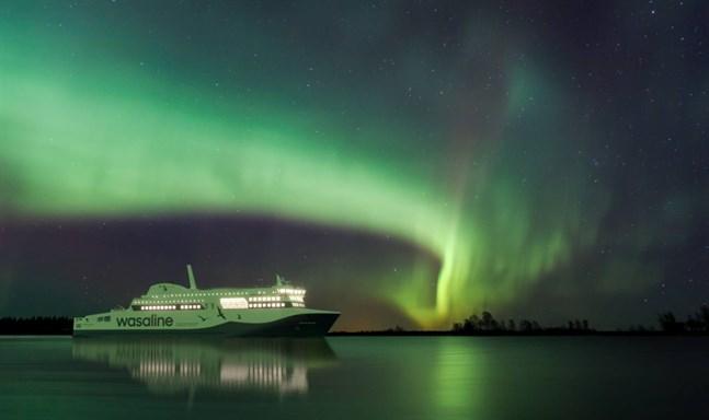 Aurora Botnia ska tas i trafik den 1 maj.