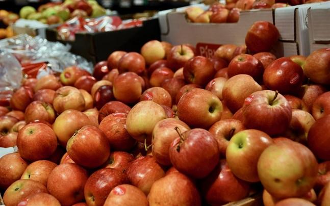 KD skulle i sin alternativbudget sänka priset på livsmedel genom att sänka mervärdeskatten för frukt och grönsaker.