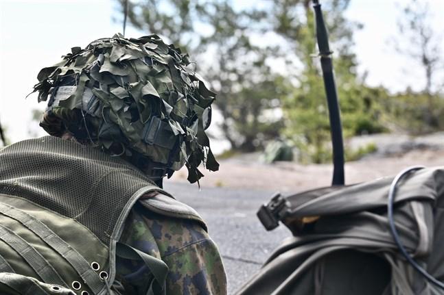 Över 1100 beväringar och reservister deltar i en stridsövning i tätt bebyggda områden denna vecka.