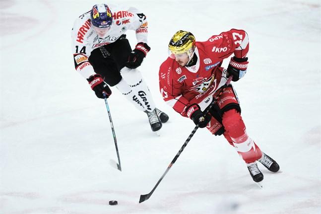 Sports poängkung Sebastian Stålberg, här hemma mot JYP, gjorde sitt elfte mål för säsongen borta mot Lukko.