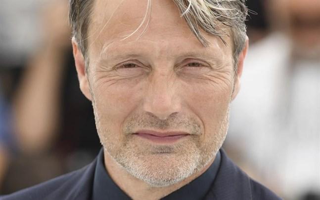 """Den danske skådespelaren Mads Mikkelsen ersätter Johnny Depp i nästa """"Fantastiska vidunder""""-film."""