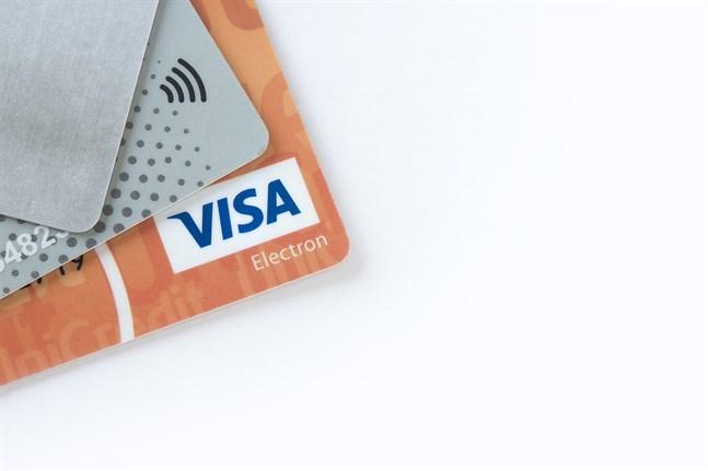 Från och med årsskiftet krävs en allt starkare identifiering vid shopping på nätet.