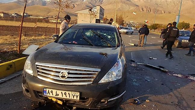 Bilden, som publiceras av Irans statliga medier, ska föreställa bilen som Mohsen Fakhrizadeh färdades i när han attackerades.