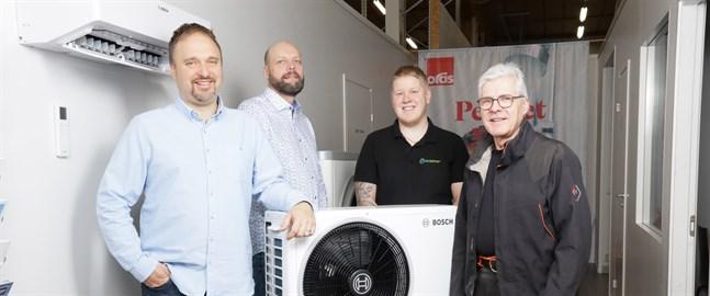 Benny Mörk, Kaj-Erik Leppänen och Sebastian Österblad är glada över att Karl-Erik Aspholm ansluter sig till företaget.