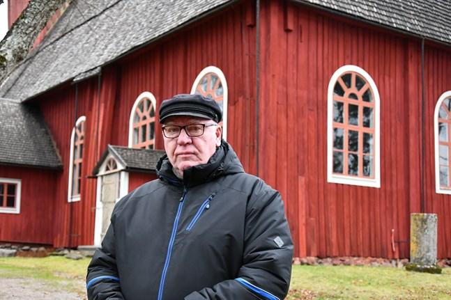 Om man ser sig runt i landet är det ytterst sällan man ser så välbehållna 1700-talskyrkor som Ulrika Eleonora, säger lokalpolikern Paavo Rantala (C) som tagit initiativ till att få med kyrkan på världsarvslistan.