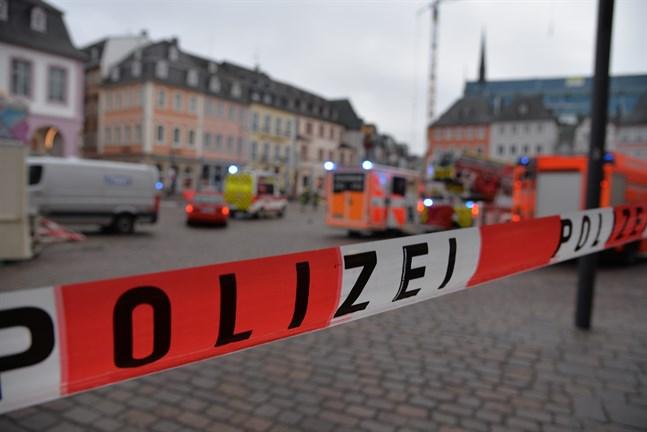 Polisen har spärrat av delar av innerstaden i Trier där händelsen ägde rum.