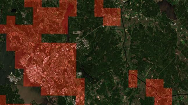 Satellitbild av Vasaregionen. Bilden är tagen av satelliten Sentinel-2 och för forskningsändamål har stadsområdet markerats i rött. Källa Technische Universität Berlin, BigEarthNet.