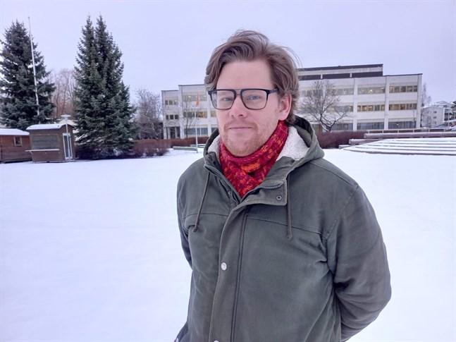 Roy Pietilä är besiken över att Karleby stadsstyrelse inte hittade alternativ till permitteringar.