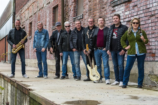 The Old Time Rockers skjuter fram sin rockiga julshow till trettondagshelgen.