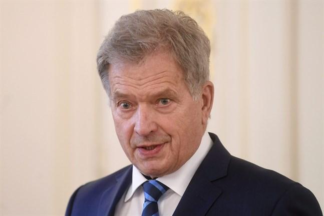 President Sauli Niinistö har förlänat förtjänsttecken till 3654 finländare inför helgens självständighetsfirande.
