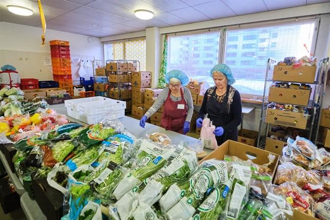 I måndags fanns 12,50 euro i kassan, men tack vare donationer är nu framtiden för Mathjälp Vasa tryggad.