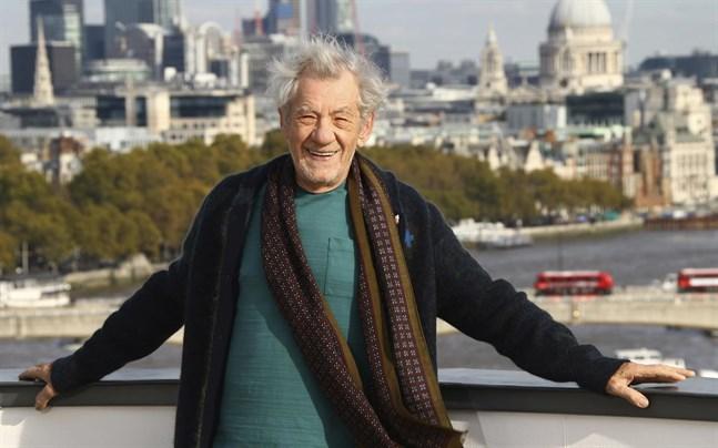 Sir Ian McKellen är en av de brittiska filmstjärnor bakom insamlingen för att köpa JRR Tolkiens hem i Oxford.