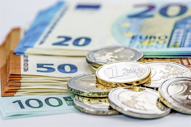 Finansinspektionen ansvarar för finansierings- och försäkringstillsynen i Finland.