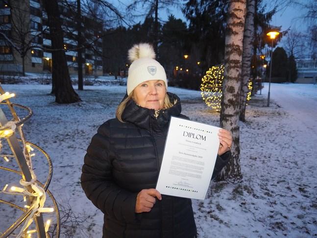 Minna Lönnbäck är Årets Barnrättshjälte.