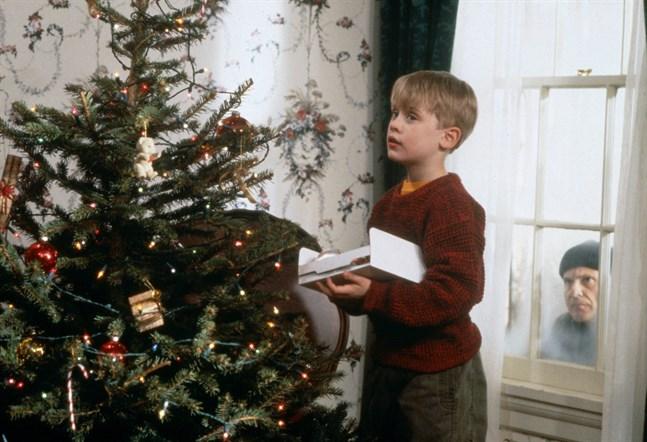 """Macaulay Culkin och Joe Pesci i """"Ensam hemma"""". Pressbild."""