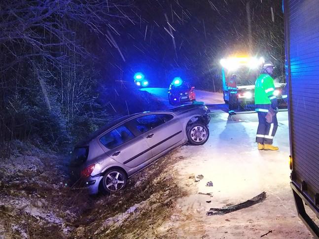 Personen färdades ensam i bilen.