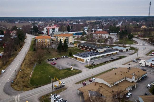 Kvevlax centrum ska utvecklas och kommunen hoppas på mer service i kärnan.