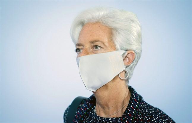 ECB-chefen Christine Lagarde anser att det behövs mera likviditet.